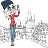 niedliche Mädchen macht Selfie in Prag