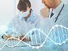 Arzt und Krankenschwester Schreiben von DNA-Testbericht | Stock Foto