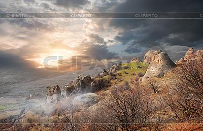 Mgła w Dolinie Duchów | Foto stockowe wysokiej rozdzielczości |ID 4643248