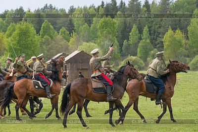 Kavallerie mit Schwertern | Foto mit hoher Auflösung |ID 4622348